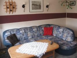 """Wohnzimmer mit Sitzecke / Ferienwohnung """"Ferienwohnung Hansen"""" in Husum"""