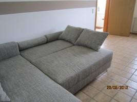 """Hier sehen sie noch einmal das Sofa als Liegewiese / Ferienwohnung """"Haus lütje wehr"""" in Hattstedtermarsch"""