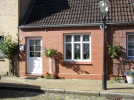 """Außenansicht / Ferienwohnung """"Nordisches Nest"""" in Friedrichstadt"""