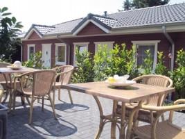 """Enstpannung pur im Garten / Hotel """"Hotel am Schlosspark"""" in Husum"""