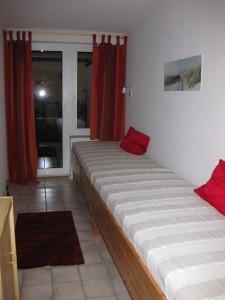 """Schlafzimmer 2 im EG / Ferienwohnung """"Nordisches Nest"""" in Friedrichstadt"""
