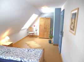 """Schlafzimmer andere Seite / Ferienhaus """"Ferienhaus Nis Puk"""" in Bordelum"""