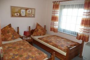 """das zweite Schlafzimmer / Ferienhaus """"Ferienhaus Nordstrand"""" in Nordstrand"""