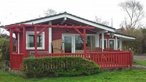 """/ Ferienhaus """"Horn sien Hus eingezäuntes Hundefreundliches Haus mit Sauna, Wintergarten und Kaminofen"""" in Simonsberg"""
