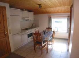"""Offene helle Einbauküche komplett ausgestattet für 4-5 Personen. / Bauernhof/Ferienhof """"Ferienwohnung auf dem Bauernhof"""" in Nordstrand"""