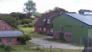 """Unser kleiner Bauernhof mit den Ferienwohnungen / Ferienwohnung """"Wehlenhoff (II)  am Deich"""" in Husum-Schobüll"""
