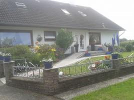 """Weitere Bilder der einzelnen Wohnungen unter: www.ferienwohnung-fuerchtenicht.com / Ferienwohnung """"3 Wohnungen bei Familie Fürchtenicht"""" in Hattstedt"""