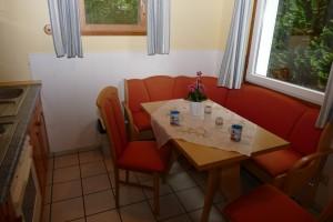 """Sitzecke in der Küche / Ferienhaus """"Peters"""" in Simonsberg"""
