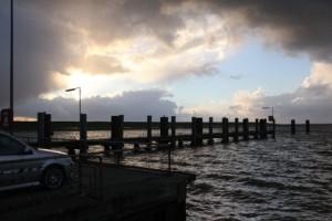 """Jeden Abend anders...wunderschöne Sonnenuntergänge über der Nordsee. / Ferienwohnung """"Mövennest"""" in Wobbenbüll"""