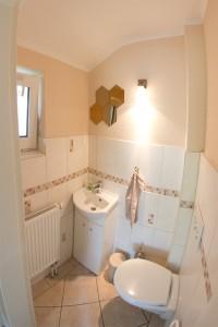 """Das separate WC. / Ferienhaus """"unter der Buche"""" in Husum"""