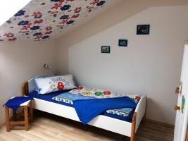 """Kinderzimmer / Ferienwohnung """"Schwalbennest V"""" in Vollerwiek"""