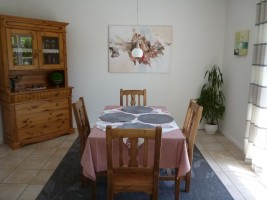 """Wohnzimmer/Essecke / Ferienhaus """"Haus Lissi"""" in Flensburg"""
