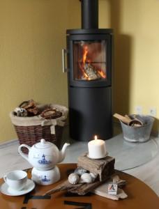 """Wohlige Wärme nach einem Spaziergang an der gesunden Meerluft.... / Ferienwohnung """"Mövennest"""" in Wobbenbüll"""