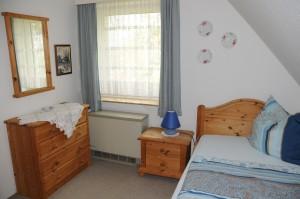 """Zweites Schlafzimmer mit Einzelbett / Ferienwohnung """"Damitz"""" in Hattstedtermarsch"""