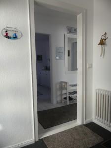 """Eingang zur separaten Etage im Parterre / Ferienwohnung """"Husum-Tied"""" in Husum"""
