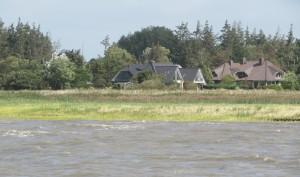 """Das """"Strandhaus"""" vom Meer aus gesehen. / Ferienwohnung """"Nordstrand frei ab 29.10."""" in Husum - Schobüll"""