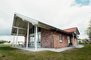 """Gemütliche Ferienwohnung mit 2 Schlafzimmern und 1 Badezimmer mit Sauna, Wohnzimmer/Küche zu vermieten.  Kommen Sie uns gerne im Herzen Nordfrieslands besuchen! / Ferienwohnung """"Loheide"""" in Langenhorn"""