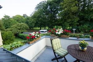 """Blick vom Balkon in den Park / Ferienwohnung """"Haus Parkblick"""" in Husum"""
