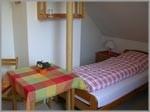 """Einzelzimmer. Wir freuen uns auf Ihren Besuch. / Bed and Breakfast """"Gaestehaus Metzner"""" in Husum - Schobüll"""